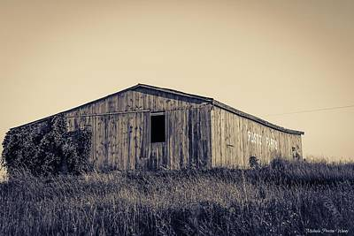 Photograph - Barn by Michaela Preston
