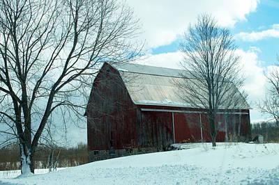Amy Weiss - Barn on a Hill by Linda Kerkau