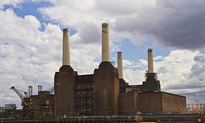 London Skyline Royalty-Free and Rights-Managed Images - Battersea Power Station London by David French