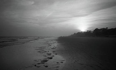 Photograph - Beach And Sunset by Frank Romeo