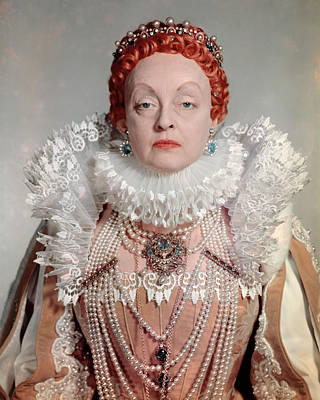 Bette Davis Photograph - Bette Davis In The Virgin Queen  by Silver Screen