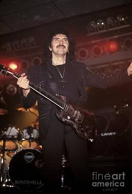 Tony Iommi Photograph - Black Sabbath - Tony Iommi by Concert Photos