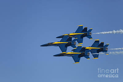 Photograph - Blue Angels Fly By 2 by D Wallace