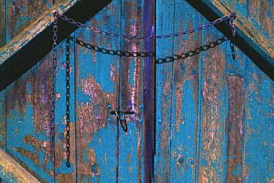 Blue Barn Doors Digital Art - Blue Barn Door by Ken Gidge