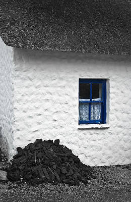 Photograph - Blue Cottage Window by Jane McIlroy