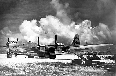 Boeing B-29 'enola Gay' Art Print by Us Air Force