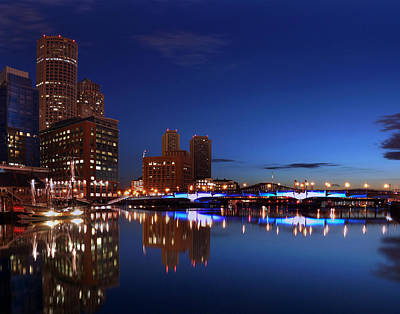 Photograph - Boston 4010 by Jeff Stallard