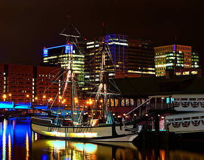 Photograph - Boston 4011 by Jeff Stallard