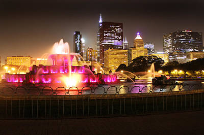 Photograph - Buckingham Fountain Chicago by Ed Pettitt