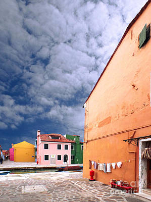 Photograph - Burano 07 by Giorgio Darrigo