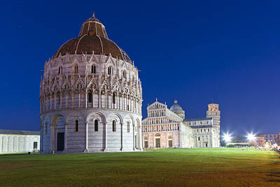 Pendente Photograph - Cathedral And The Leaning Tower by Sebastian Wasek