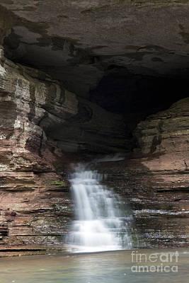 Cave Waterfall Along An Arkansas Trail Art Print