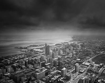 Chicago Black And White Photograph - Chicago Skyline by Ian Barber