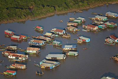 Sap Photograph - Chong Kneas Floating Village, Tonle Sap by David Wall