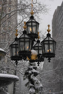 Photograph - City Hall Park - Lights by Vadim Levin
