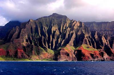 Photograph - Cliffs Of The Napali Coast Kauai by Kimo Fernandez