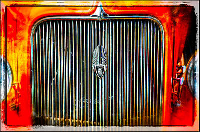 Photograph - Collector Car Plymouth Grill by Roxy Hurtubise