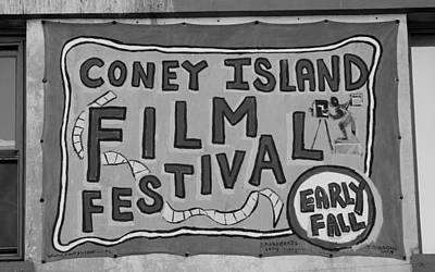 Coney Island Film Fest In Black And White Print by Rob Hans