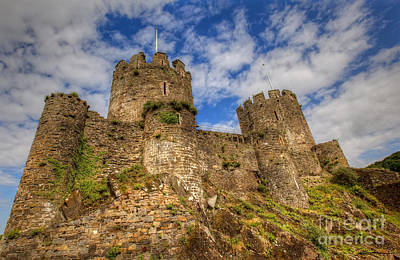 Traci Law Photograph - Conwy Castle by Traci Law