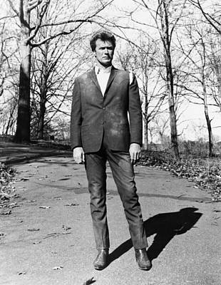 Torn Clothing Photograph - Coogans Bluff, Clint Eastwood, 1968 by Everett