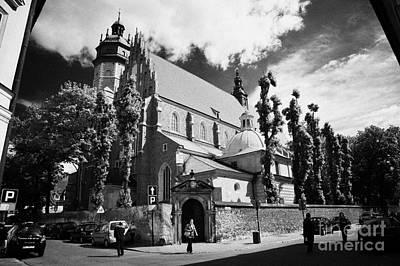 Cracovia Photograph - Corpus Christi Bozego Ciala 14th Century And 17th Century Gothic Church In Kazimierz Krakow by Joe Fox