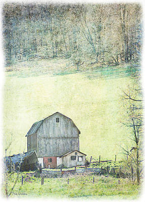 Photograph - Country Barn by Dyle   Warren