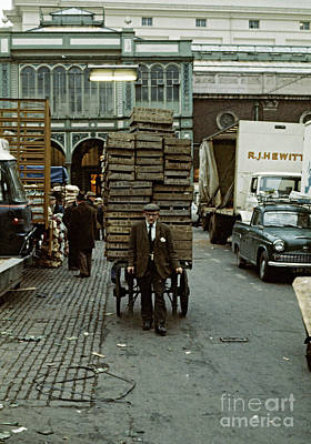 Photograph - Covent Garden Market 1973 by David Davies