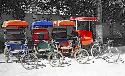 Photograph - Cycle Rickshaws by Liz Leyden