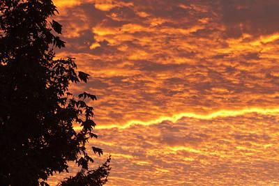 Sutton Photograph - Dawn Sky, Portland, Oregon by William Sutton