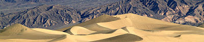 Photograph - Death Valley Stovepipe Wells Dunes Pan 2 by Jeff Brunton