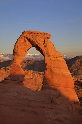 Photograph - Delicate Arch At Sunset by Alan Vance Ley