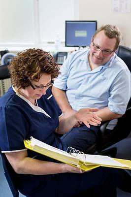 Practitioner Photograph - Doctor Talking With Nurse by Jim Varney