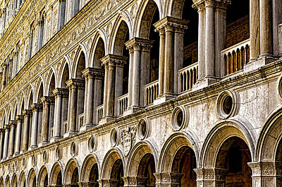 St. Marks Basilica Photograph - Doges Palace - Venice Italy by Jon Berghoff