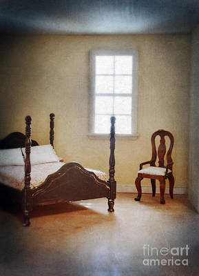 Photograph - Dollhouse Bedroom by Jill Battaglia