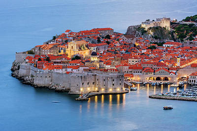 Cityscapes Photograph - Dubrovnik City Skyline At Dawn by Pixelchrome Inc
