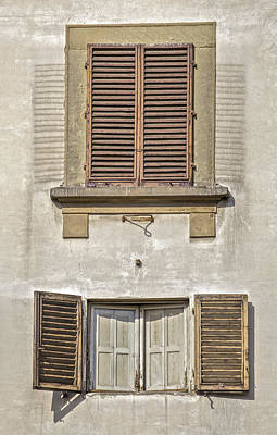 Photograph - Dueling Windows Of Tuscany by David Letts