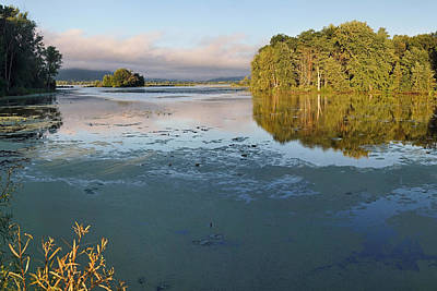 Photograph - Early Morning At Trempealeau by Theo OConnor