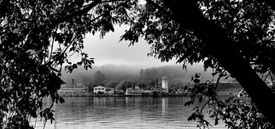 Steamboat Photograph - Early Morning On Lake George by David Patterson