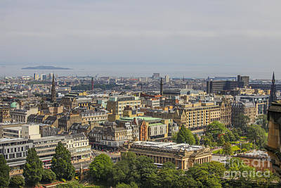 Photograph - Edinburgh by Patricia Hofmeester