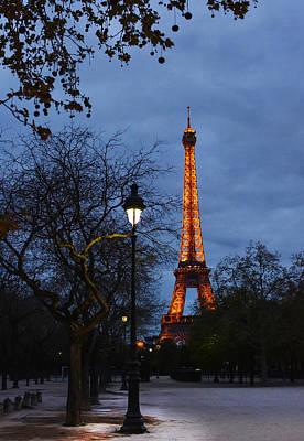 Photograph - Eiffel Tower At Dusk by Veli Bariskan
