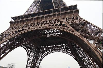 Eiffel Tower - Paris France - 01133 Art Print