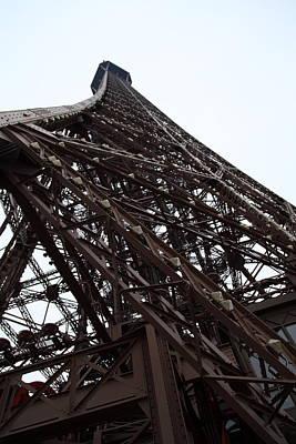 Eiffel Tower - Paris France - 01137 Art Print