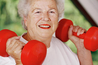Weightlifting Wall Art - Photograph - Elderly Woman Exercising by Mauro Fermariello/science Photo Library