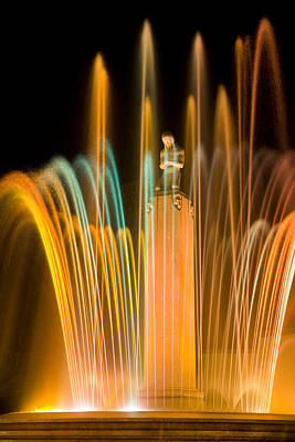 Robert Jensen Photograph - Electric Fountain by Robert Jensen