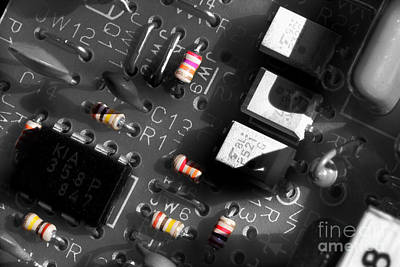 Integral Photograph - Electronics 2 by Michael Eingle