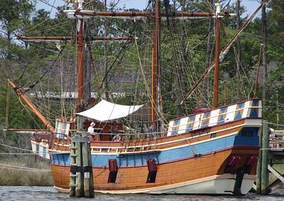 Historic Site Photograph - Elizabeth II Replica 2 by Cathy Lindsey