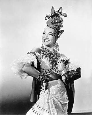 Brazil Photograph - Entertainer Carmen Miranda by Underwood Archives