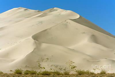 Photograph - Eureka Dunes In Death Valley by Yva Momatiuk John Eastcott