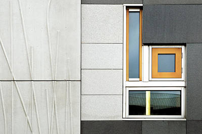 Scotland Wall Art - Photograph - Facade Geometry by Linda Wride