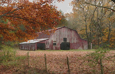 Photograph - Fall Barn by Robert Camp